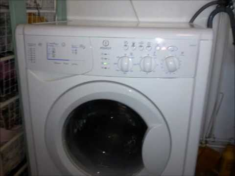 Смотреть онлайн How to repair Indesit washing machine that is Flashing